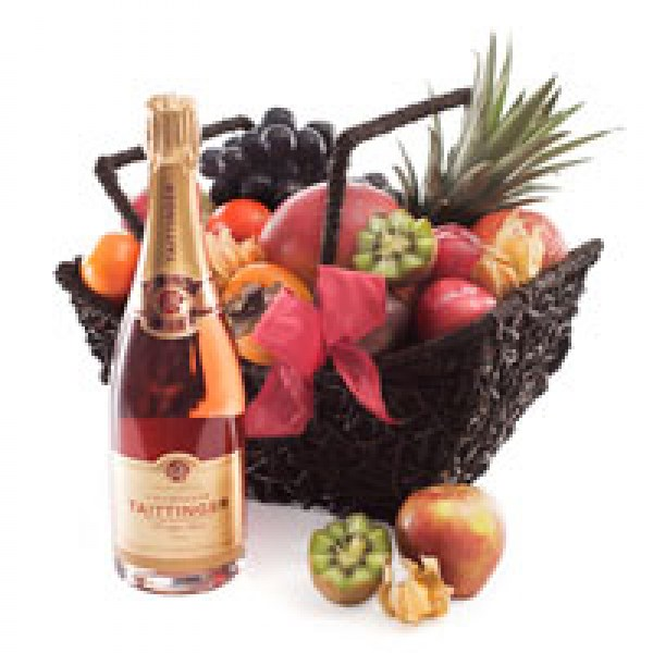 cado1170_fruit-hamper-with-taittinger-champagne